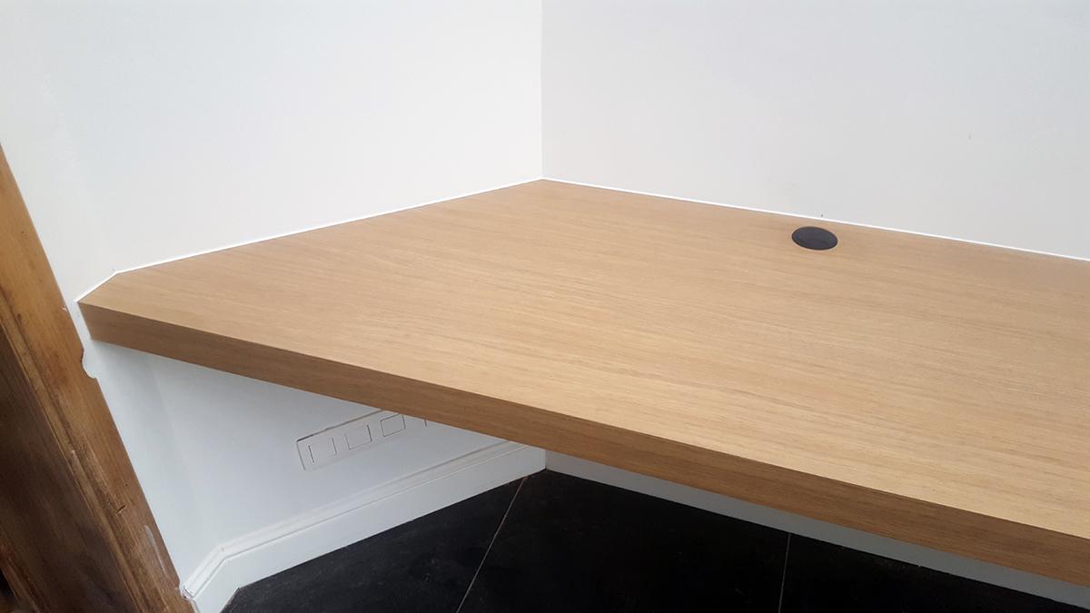 Hoogglans Wit Plank Op Maat.100 Vakmanschap Een Bureau Op Maat Houtshop