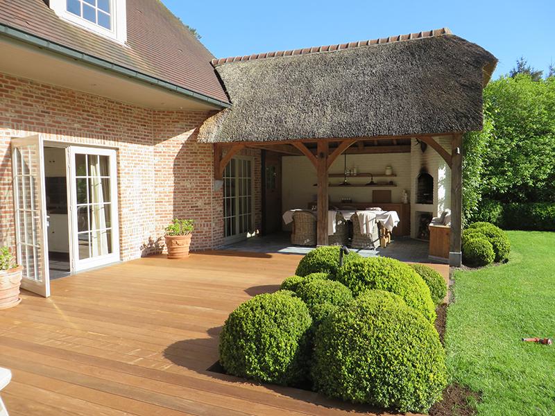 Zelf gedaan plaatsing houten terras houtshop
